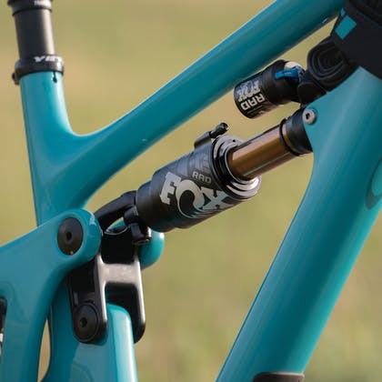 Fox Float X2 on the 2020 Yeti Fox Devo Team Bike