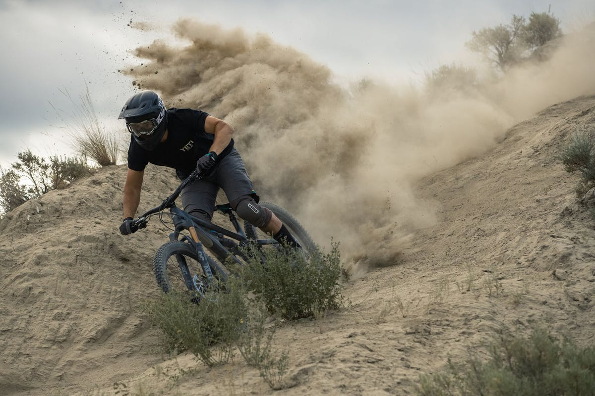 Stu Dickson throwing lots of roost in Kamloops