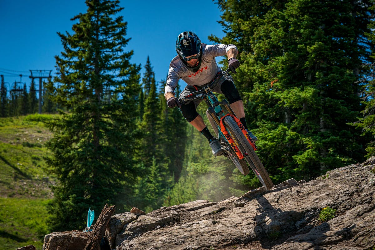 Dee Tidwell racing the Aspen BME
