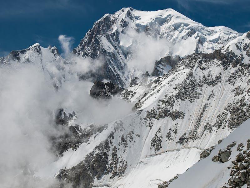 EWS.4 La Thuile Race 2 Snowy Mountains
