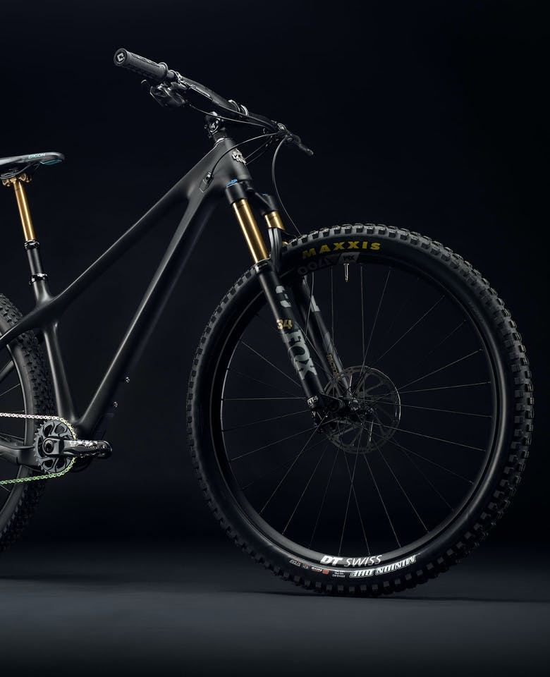 2021 ARC T3 Black Dark