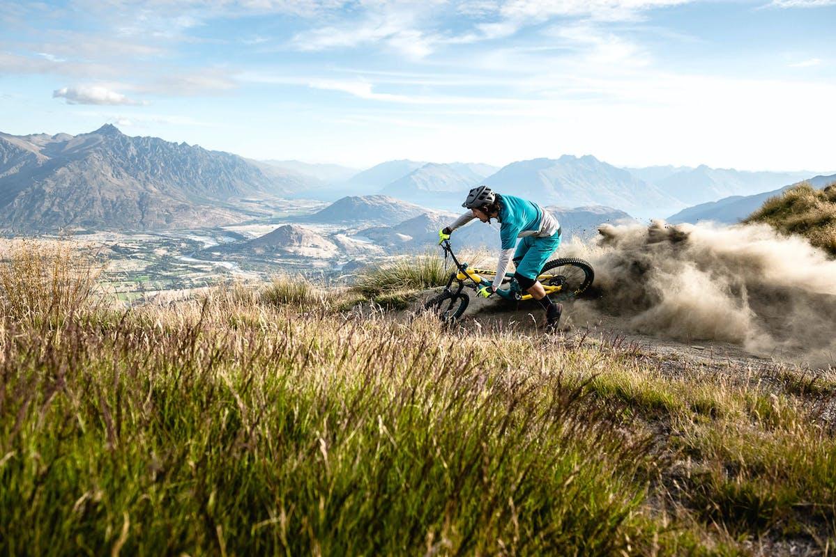 Joey Schusler roosting a corner in New Zealand