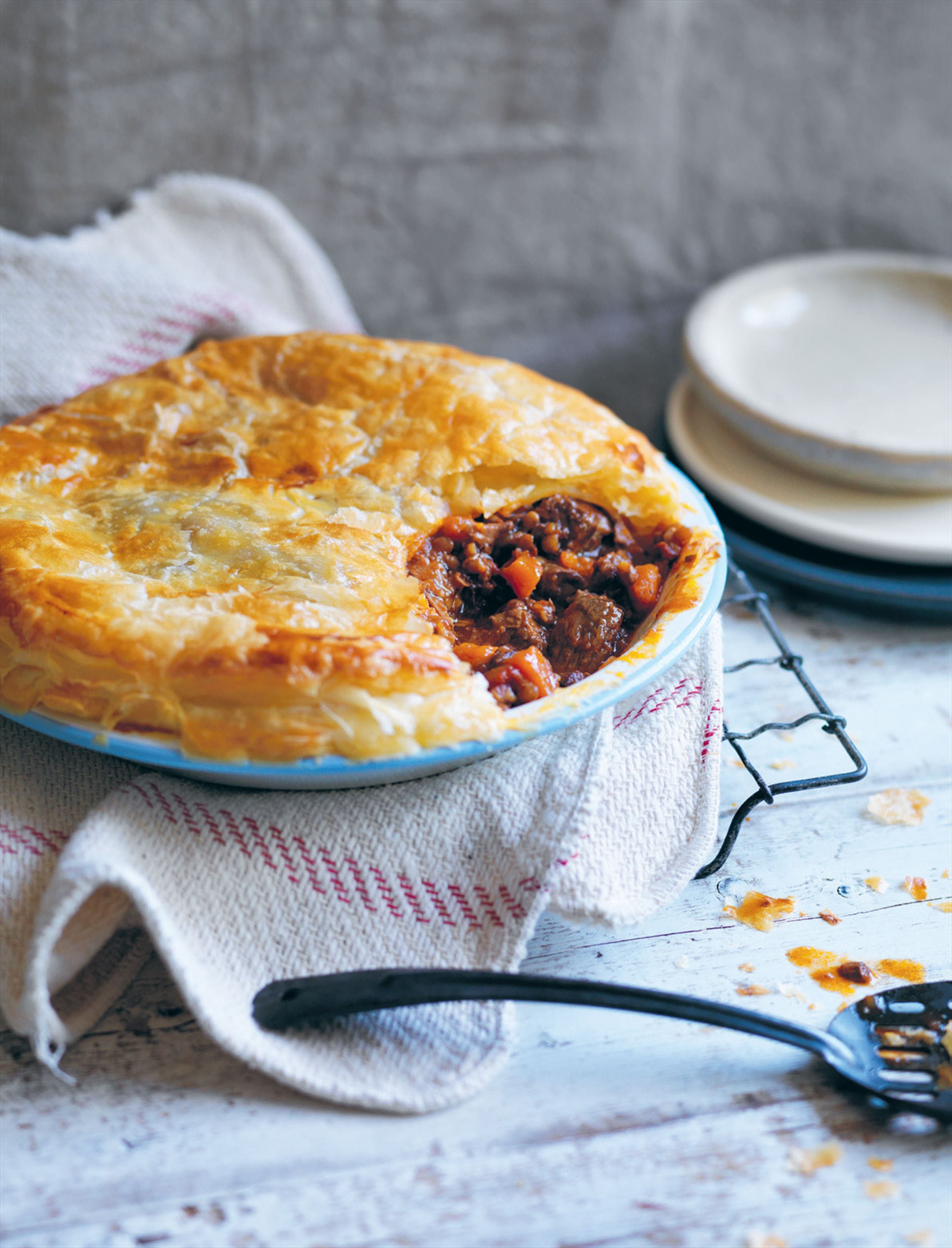 Beef & Vegetable Pie with Chunky Steak