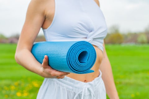 How to Choose a Yoga Mat – the Complete Buying Guide