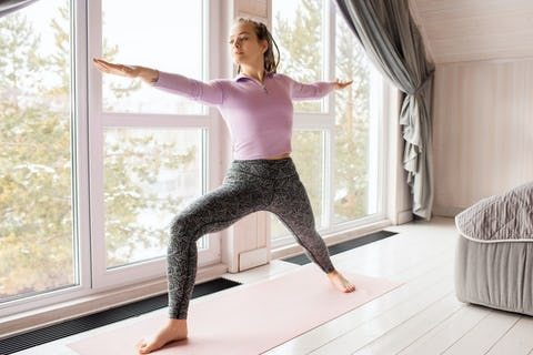 What to Wear and What Not to Wear to Yoga Class