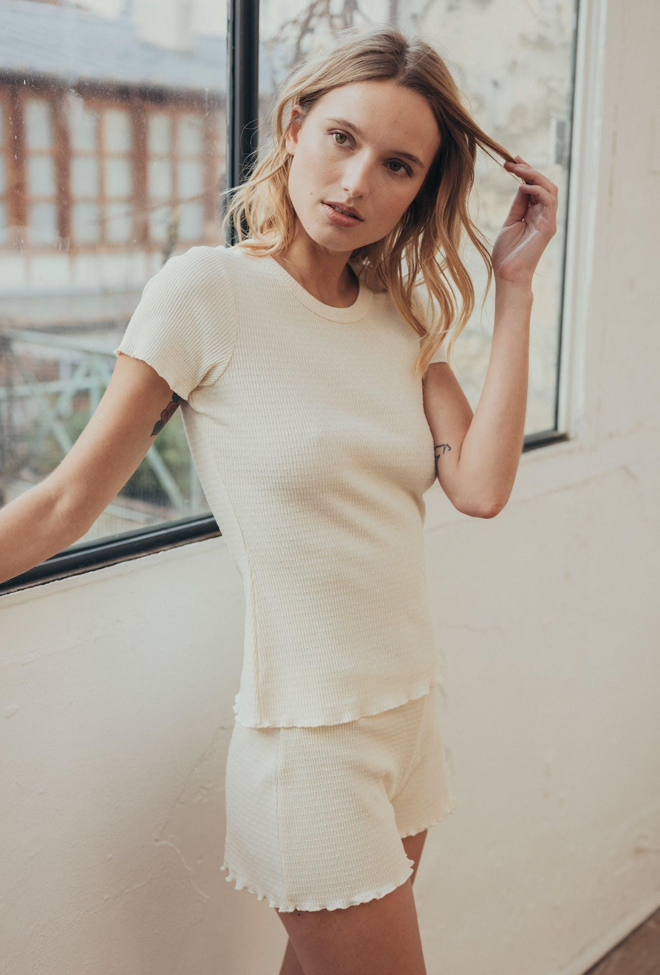 Vanilla homewear set with tee-shirt and shorts