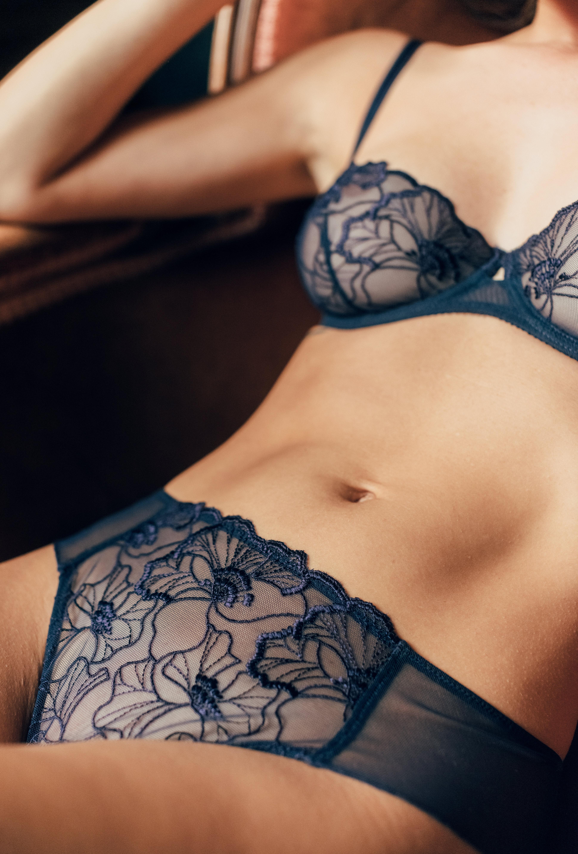 Lingerie set Source d'amour in navy blue