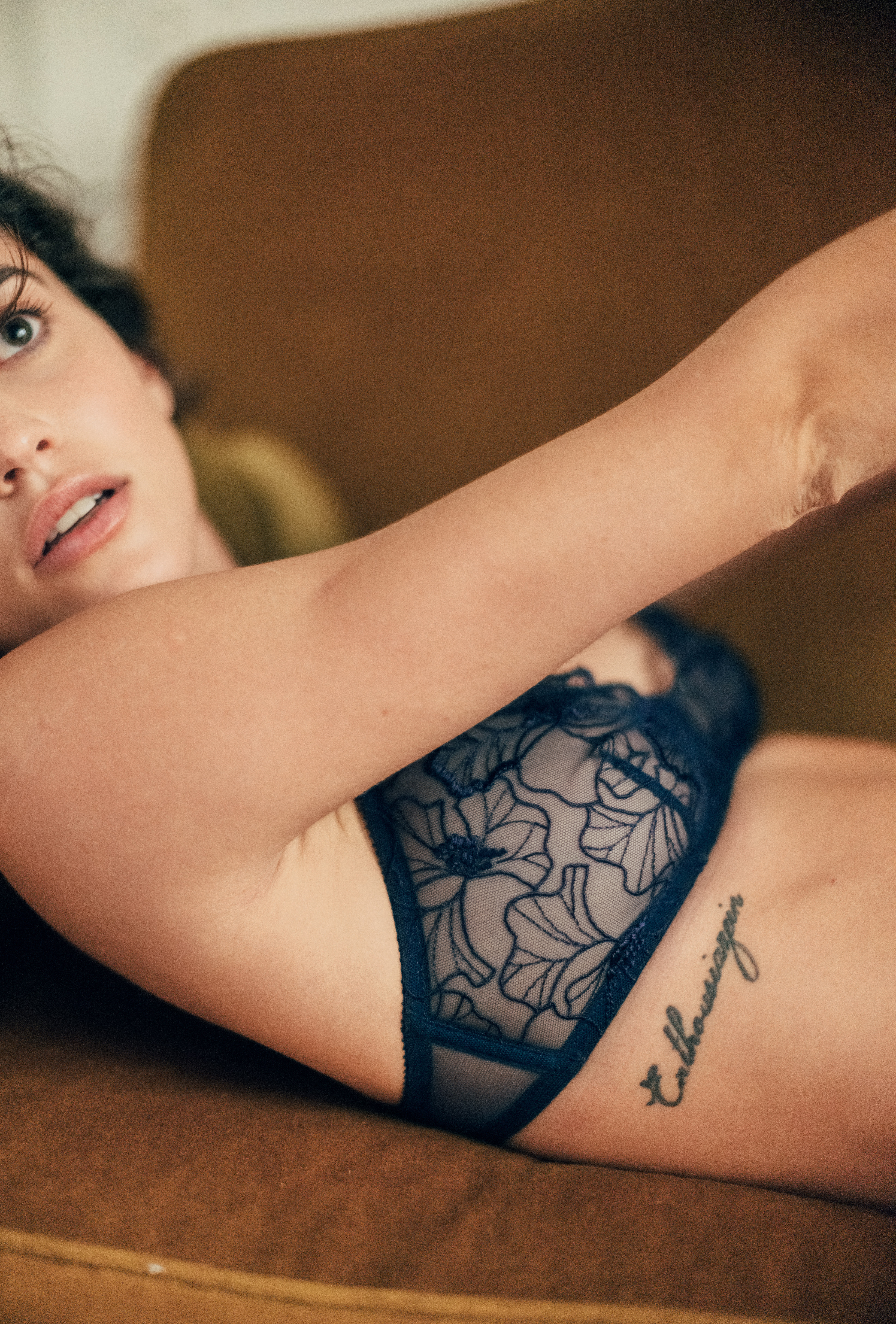 Source d'amour navy blue triangle bra