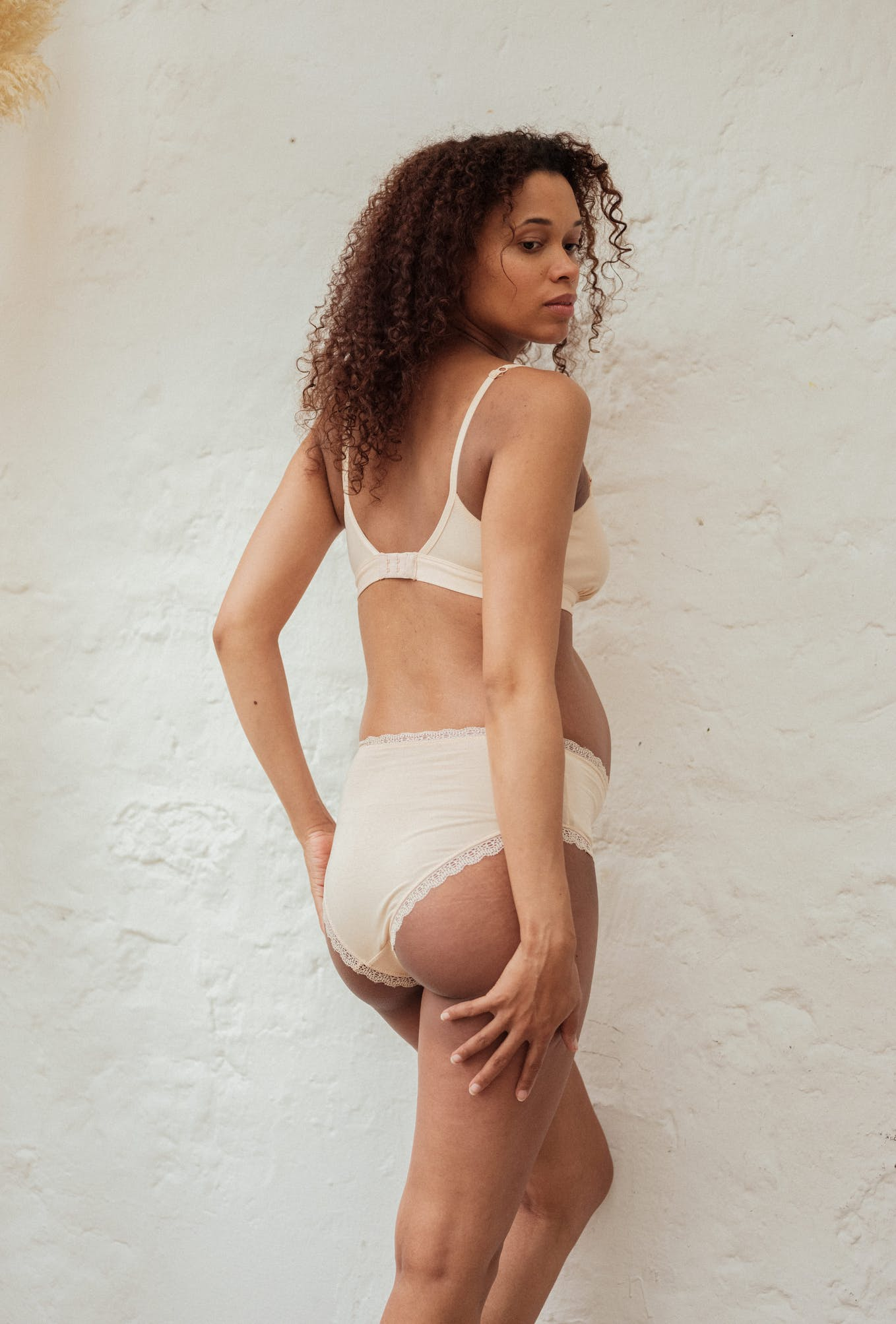 Maternity high-waist briefs Une chanson douce in light beige
