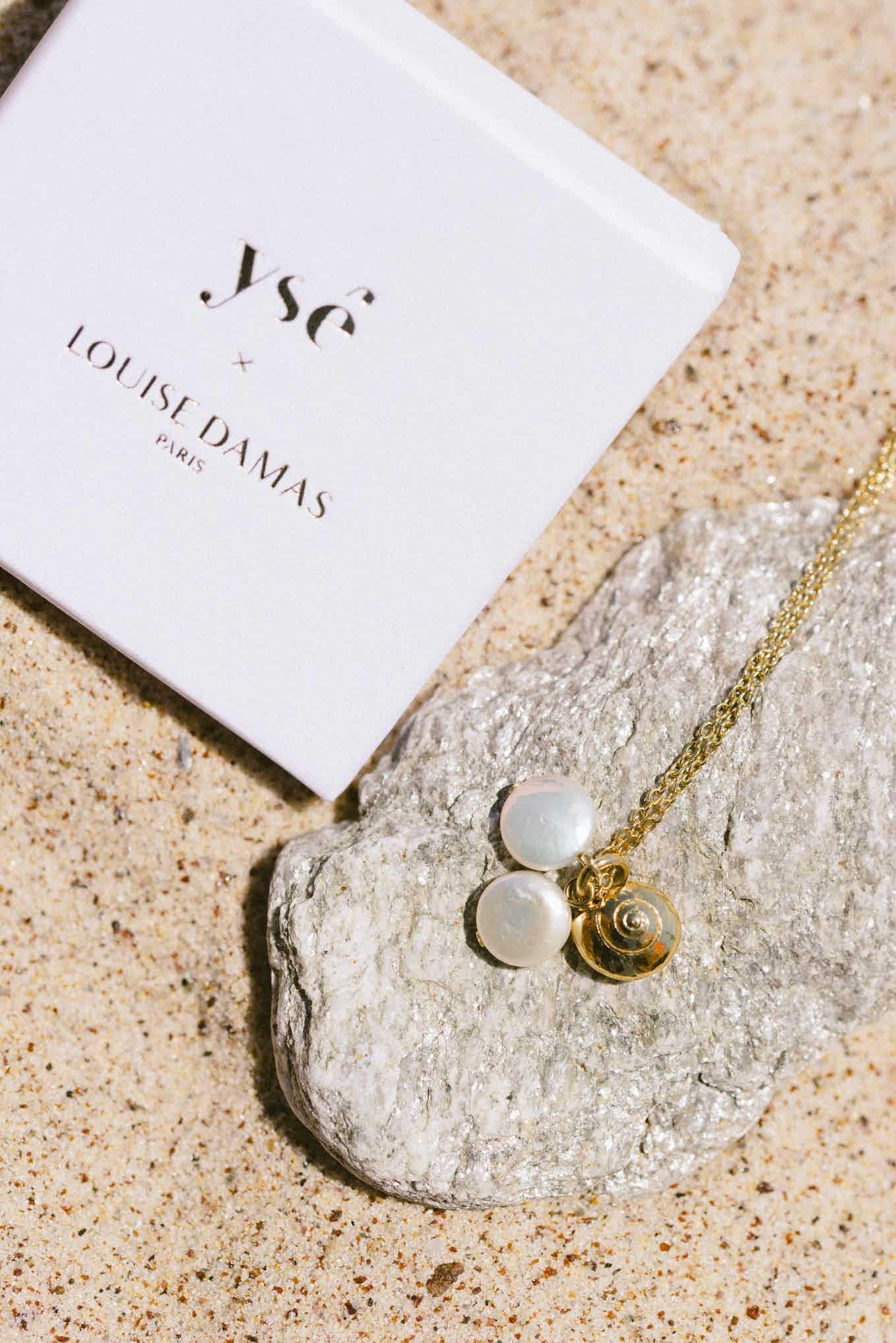 Piece of jewelery Ysé x Louise Damas