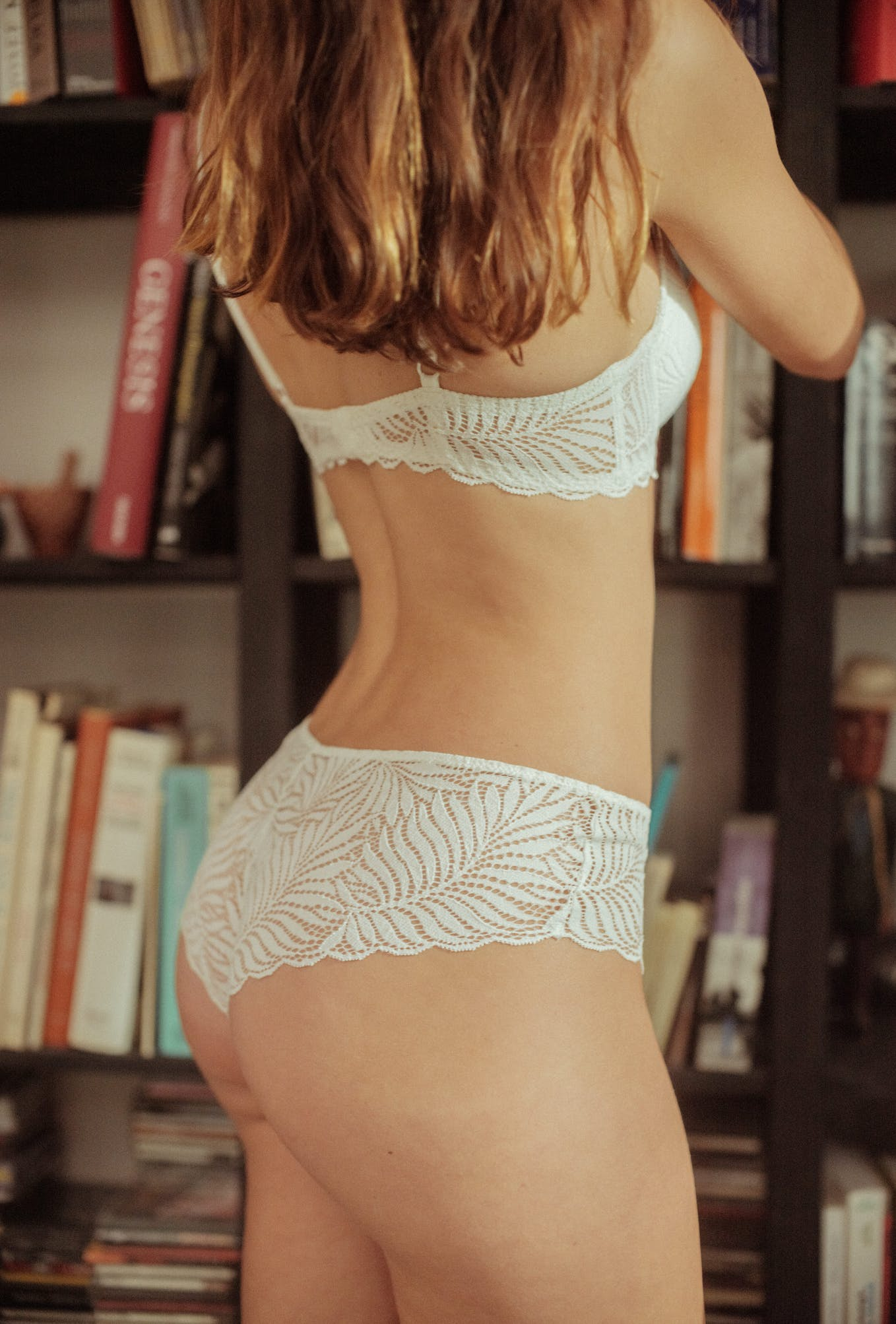 Back view of L'air du temps Lingerie set in ivory