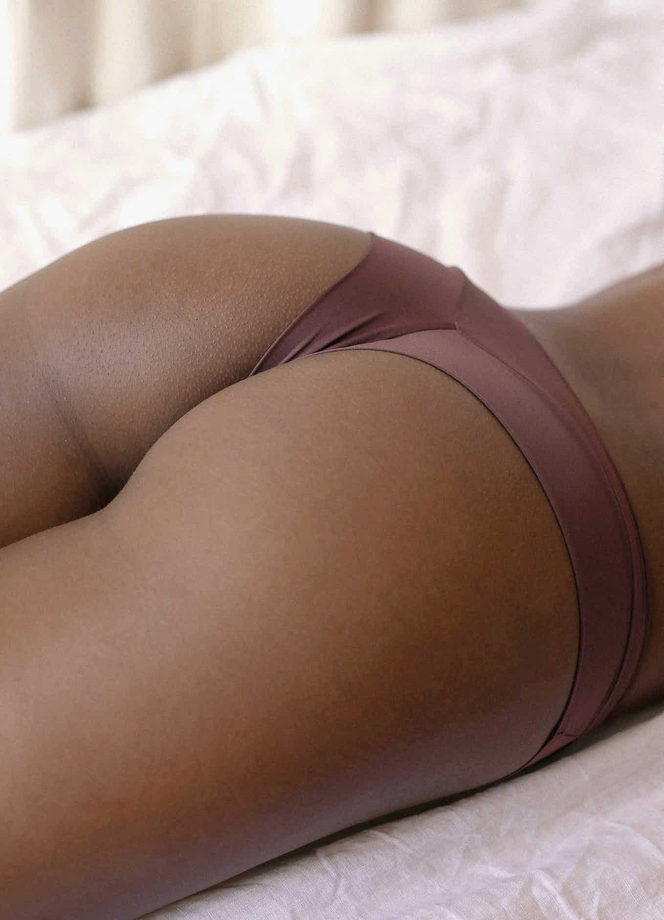 Shorty histoire de femme marron foncé