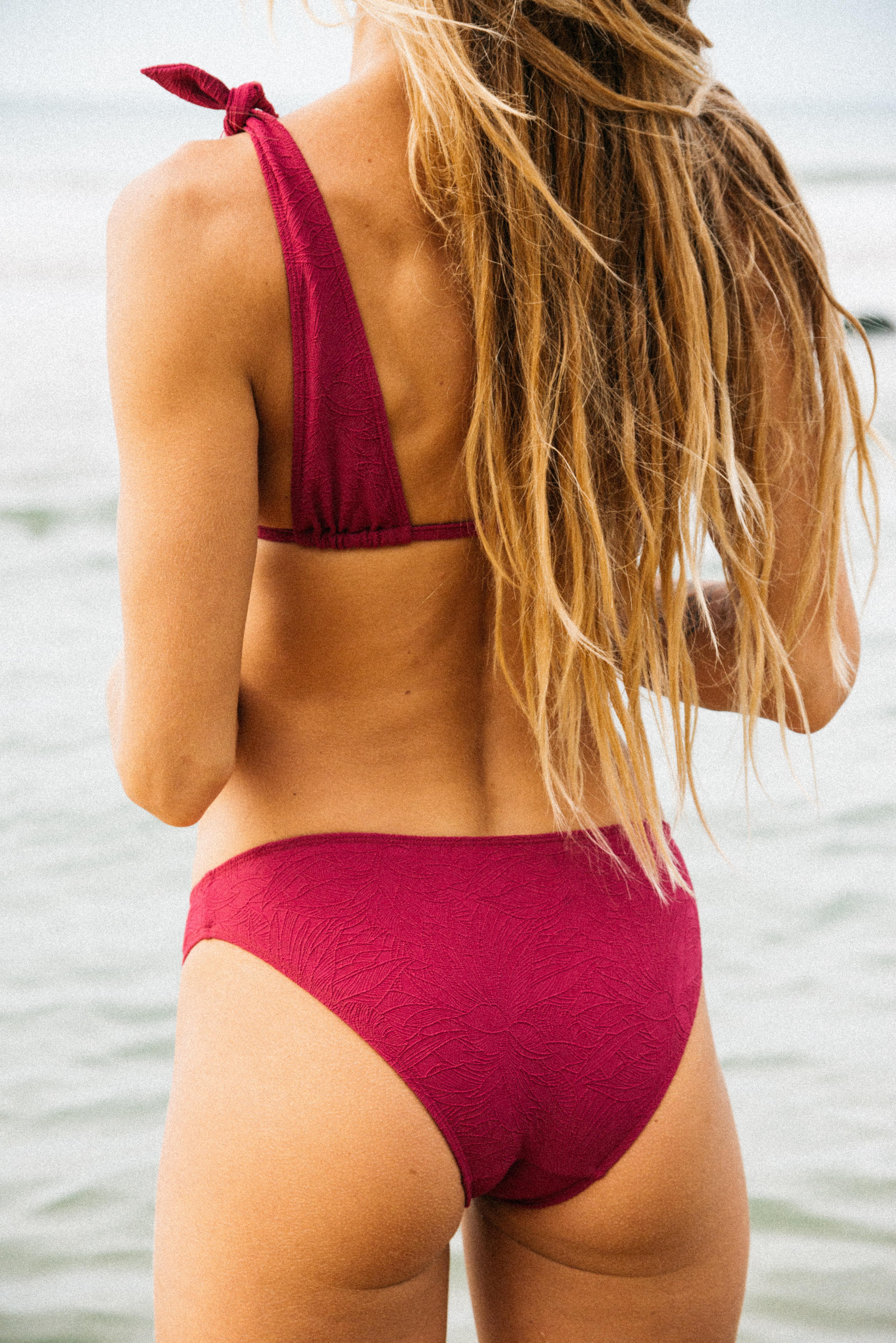 Bikini Sur le sable fuchsia
