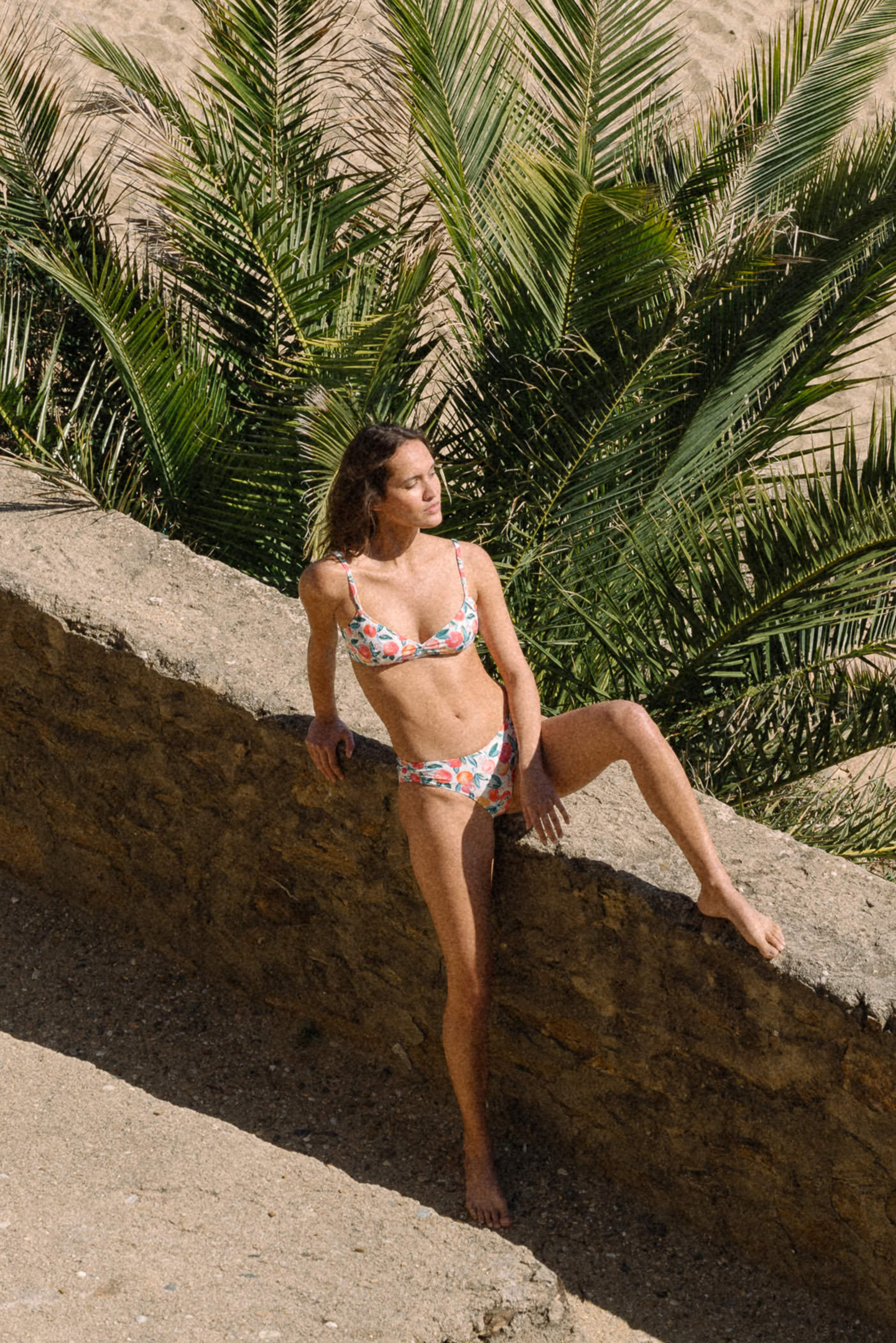 Swimsuit Baiser coquillage with Tutti frutti print