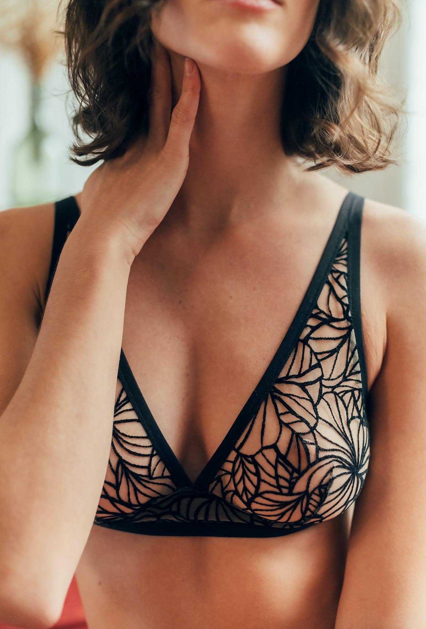 Soutien-gorge triangle foulard coeur battant