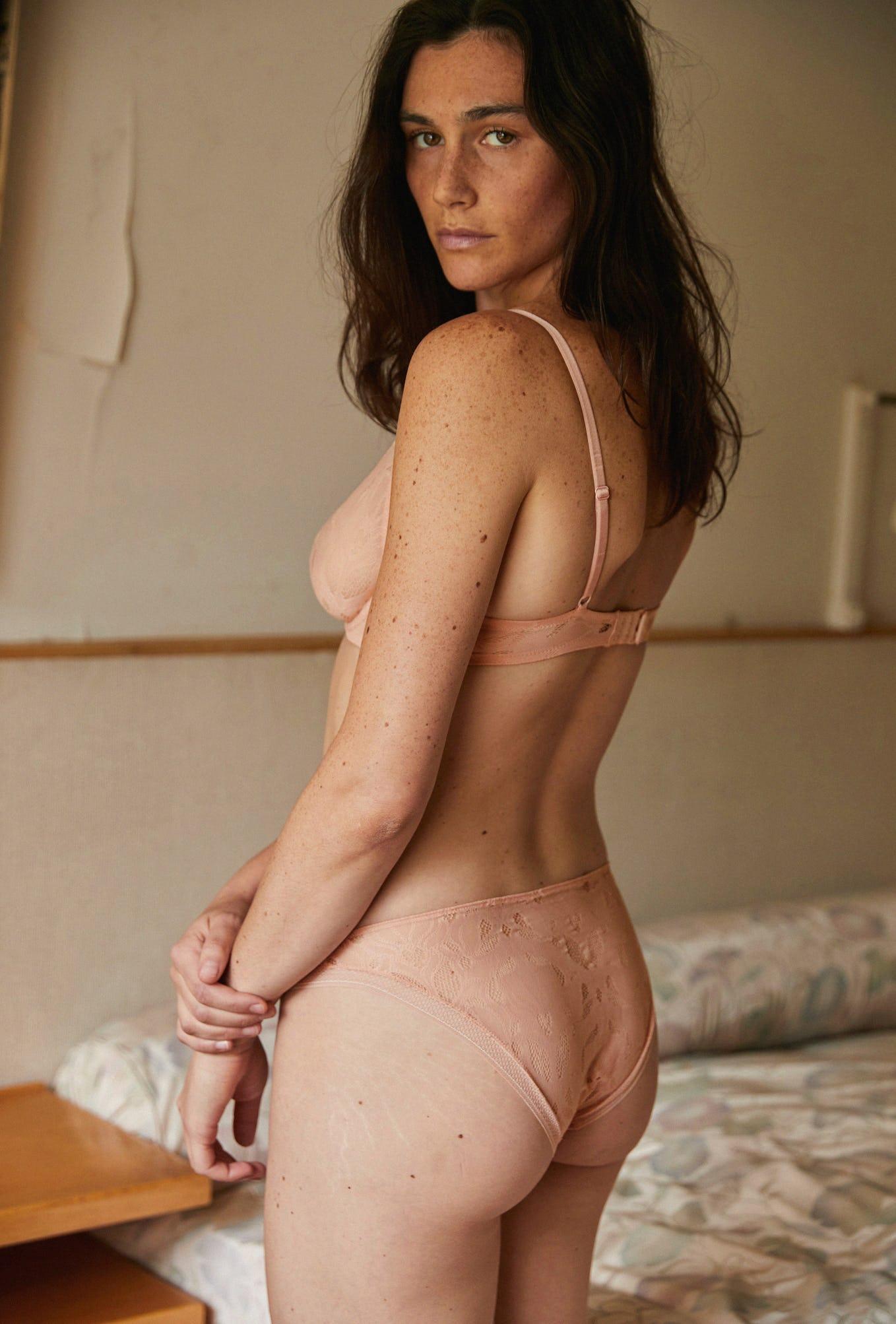 culotte battement de cils beige rosé
