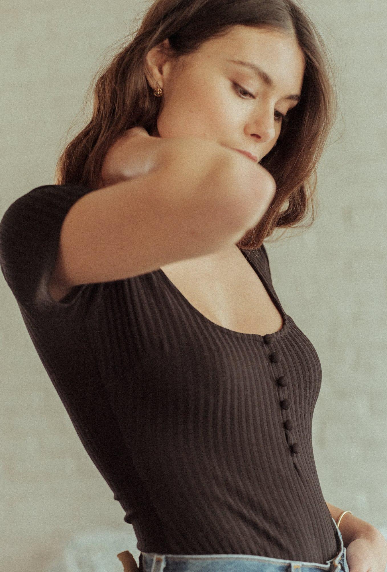Gayana bodysuit in black