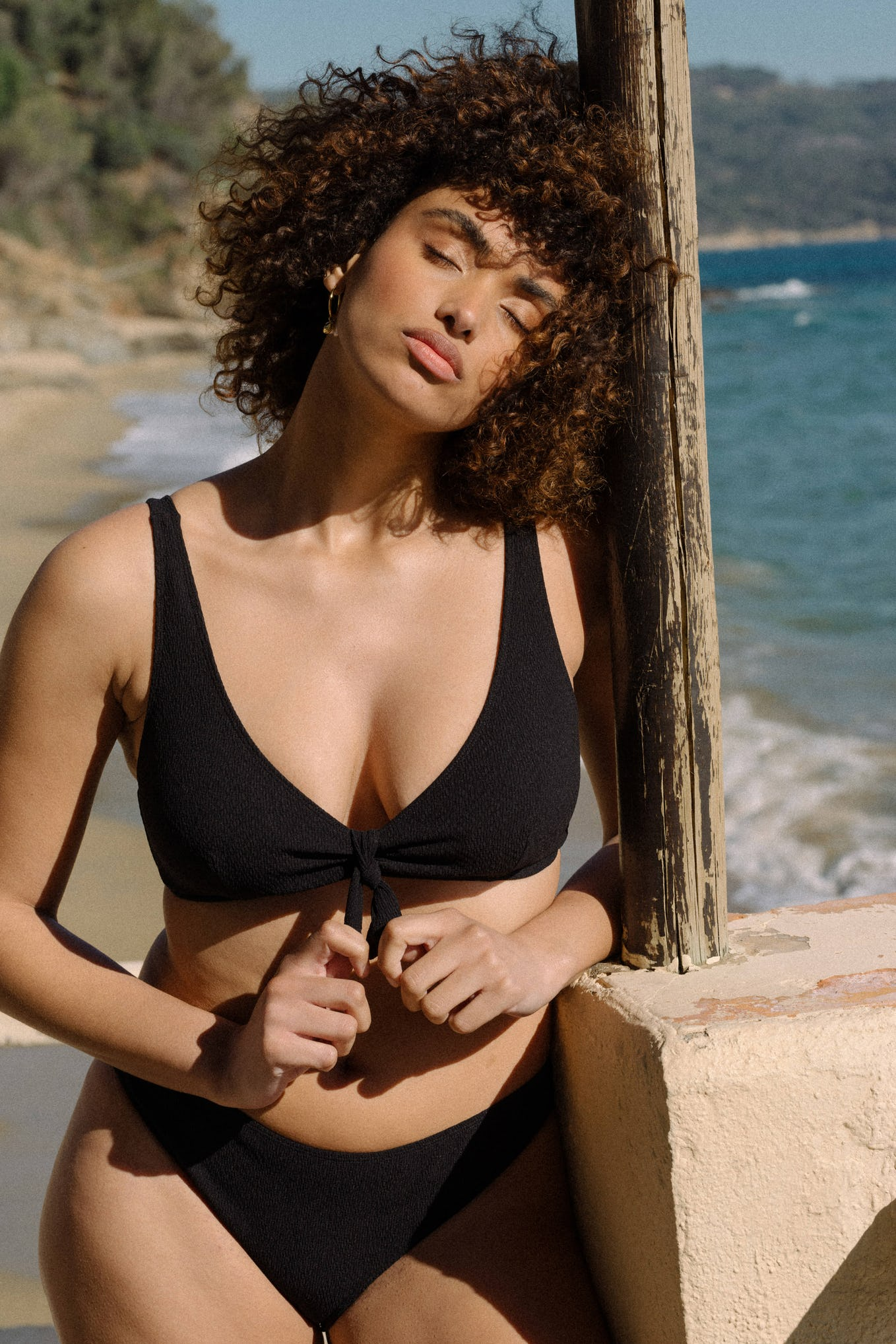 Swimsuit Beauté insulaire in Black