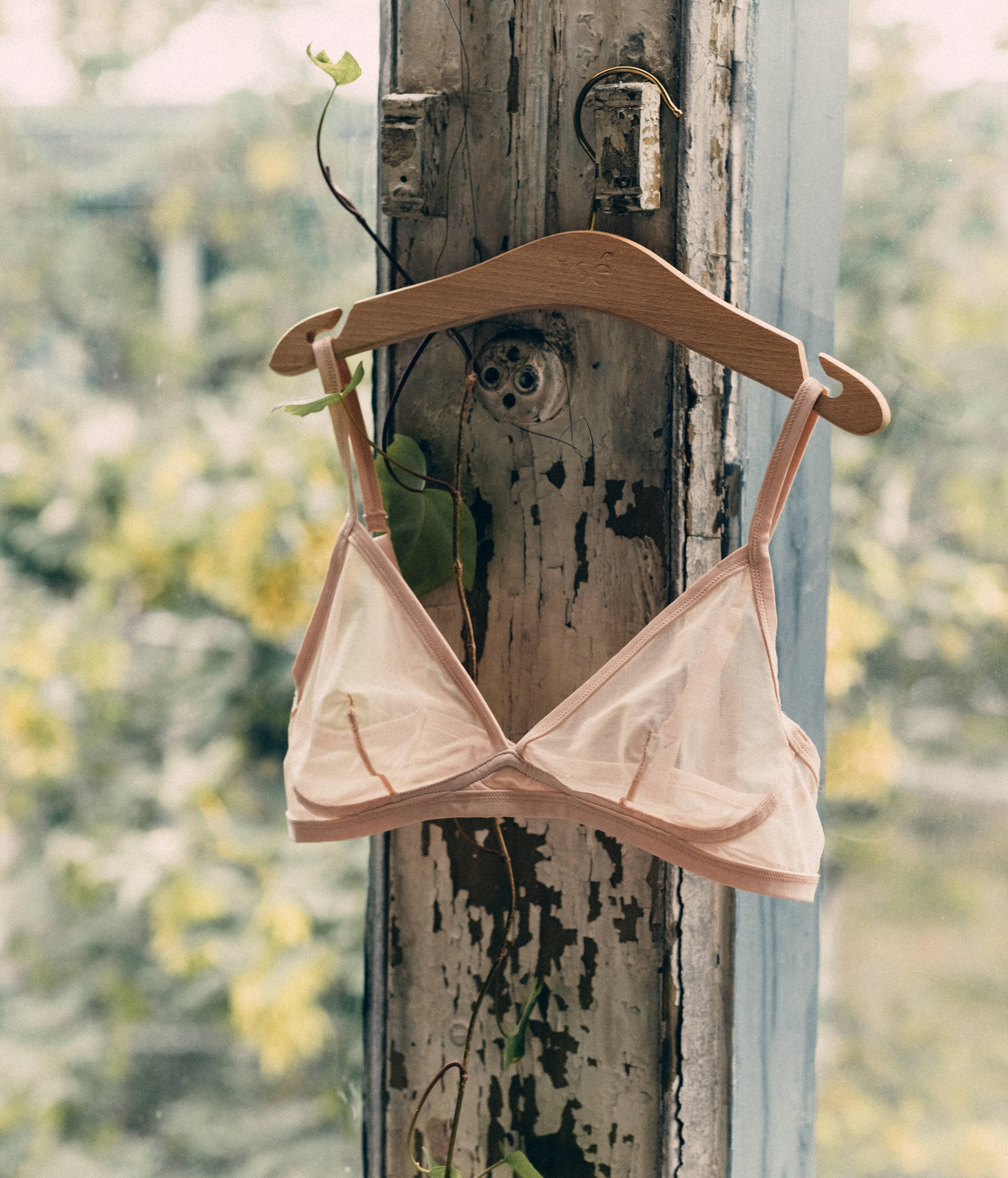 Triangle Histoire de femmes nude