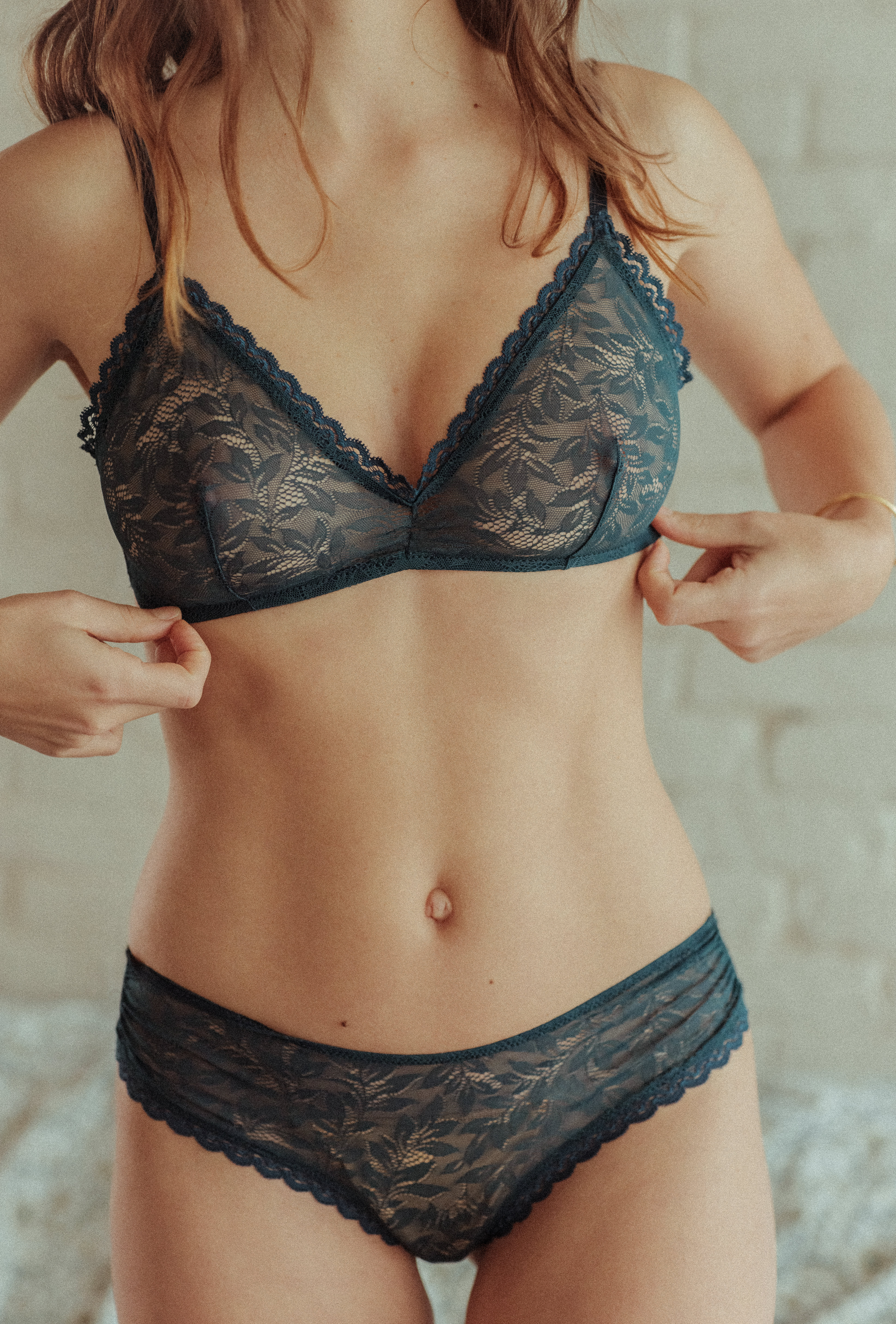 Lingerie set Les flots du coeur in blue with triangle bra and tanga brief