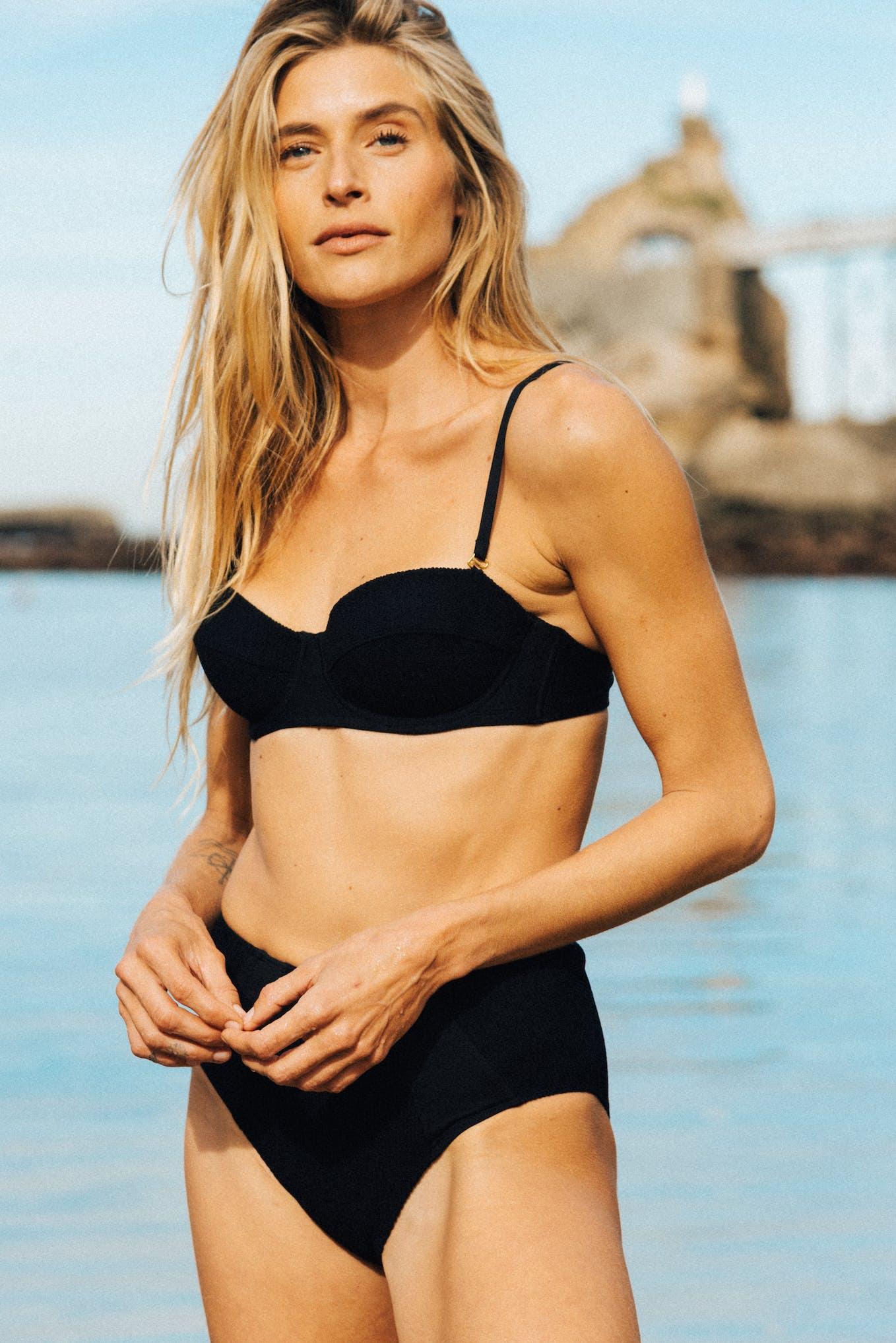 Two-piece swimsuit soleil brûlant in black