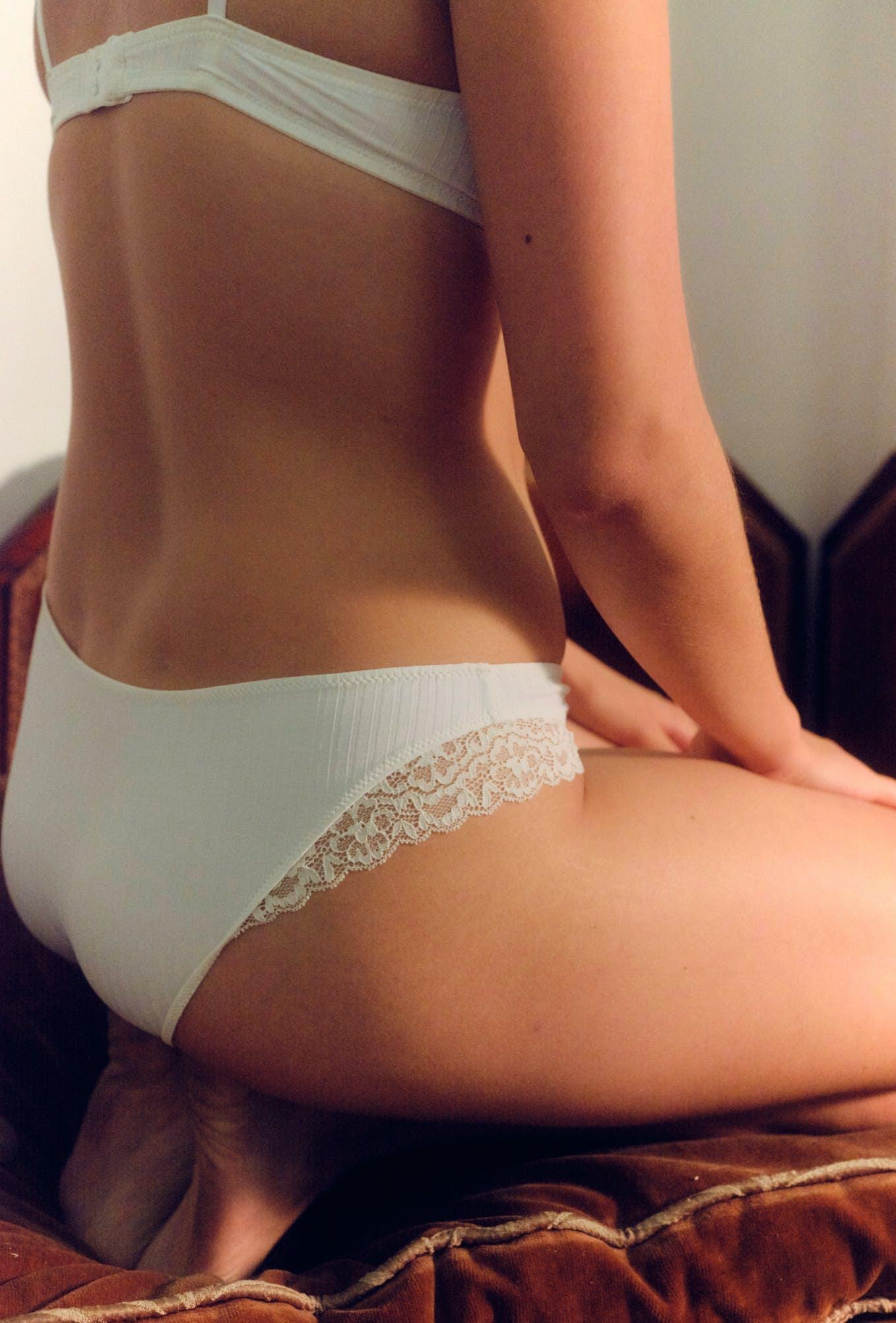 culotte contre mon corps ivoire