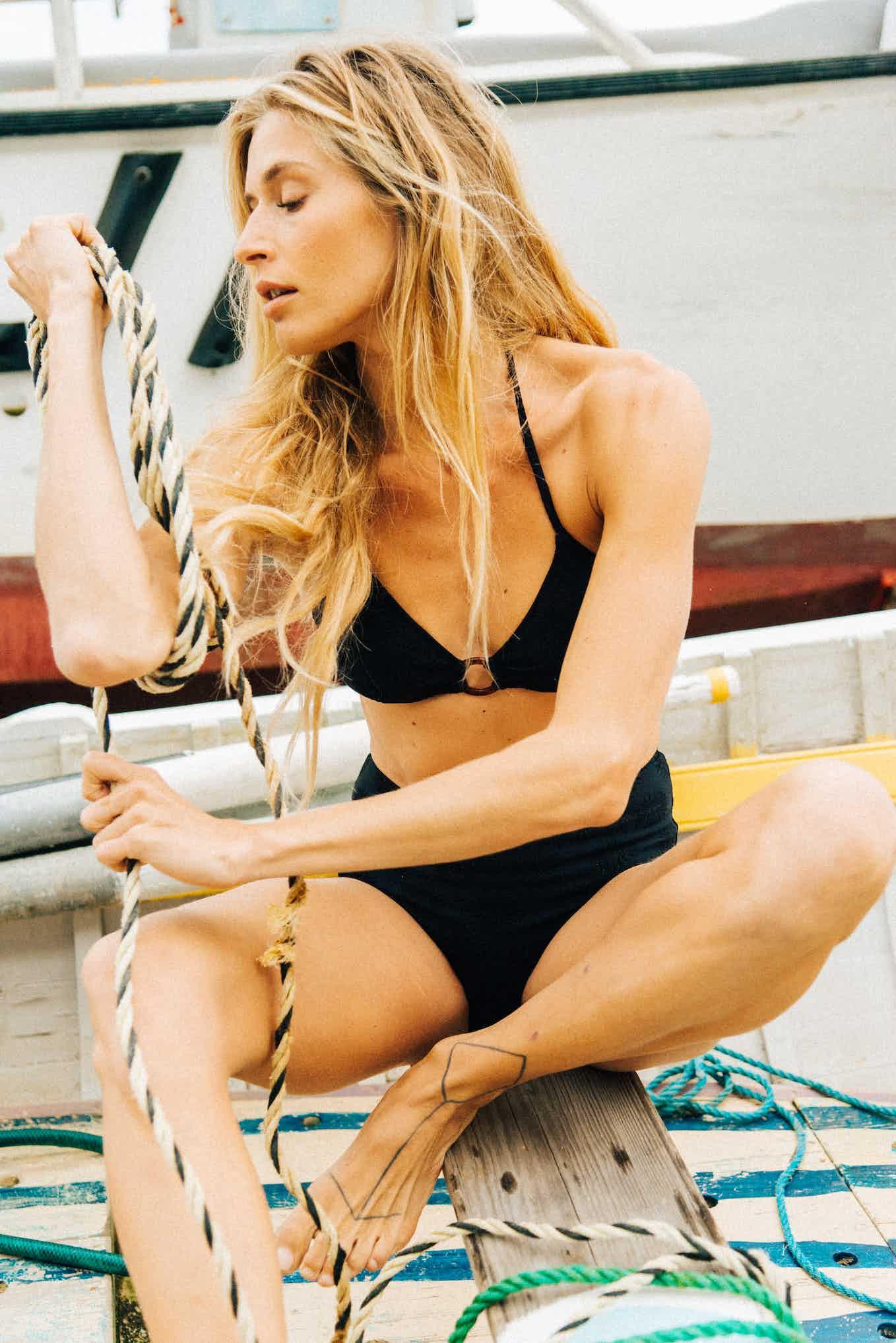 Bikini Horizons doux in black