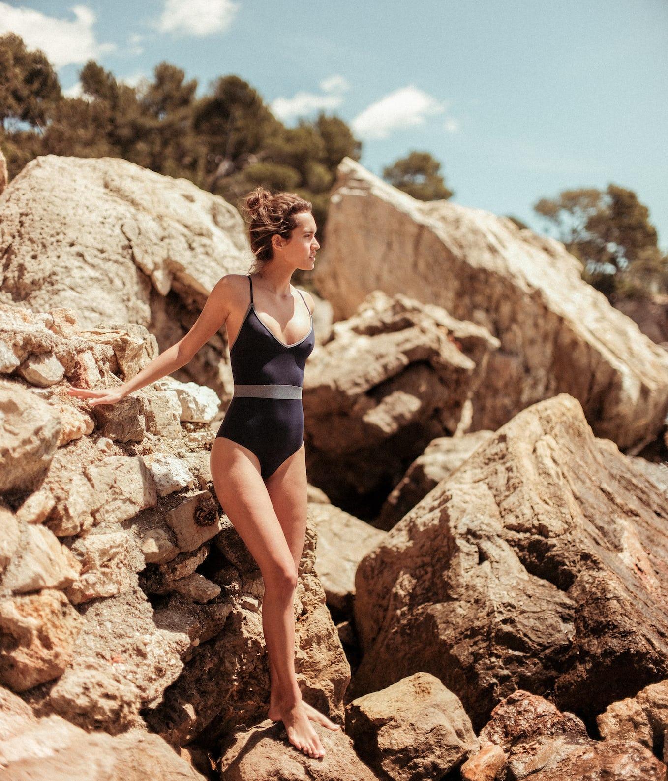 Bikini Equilibre sur l'eau