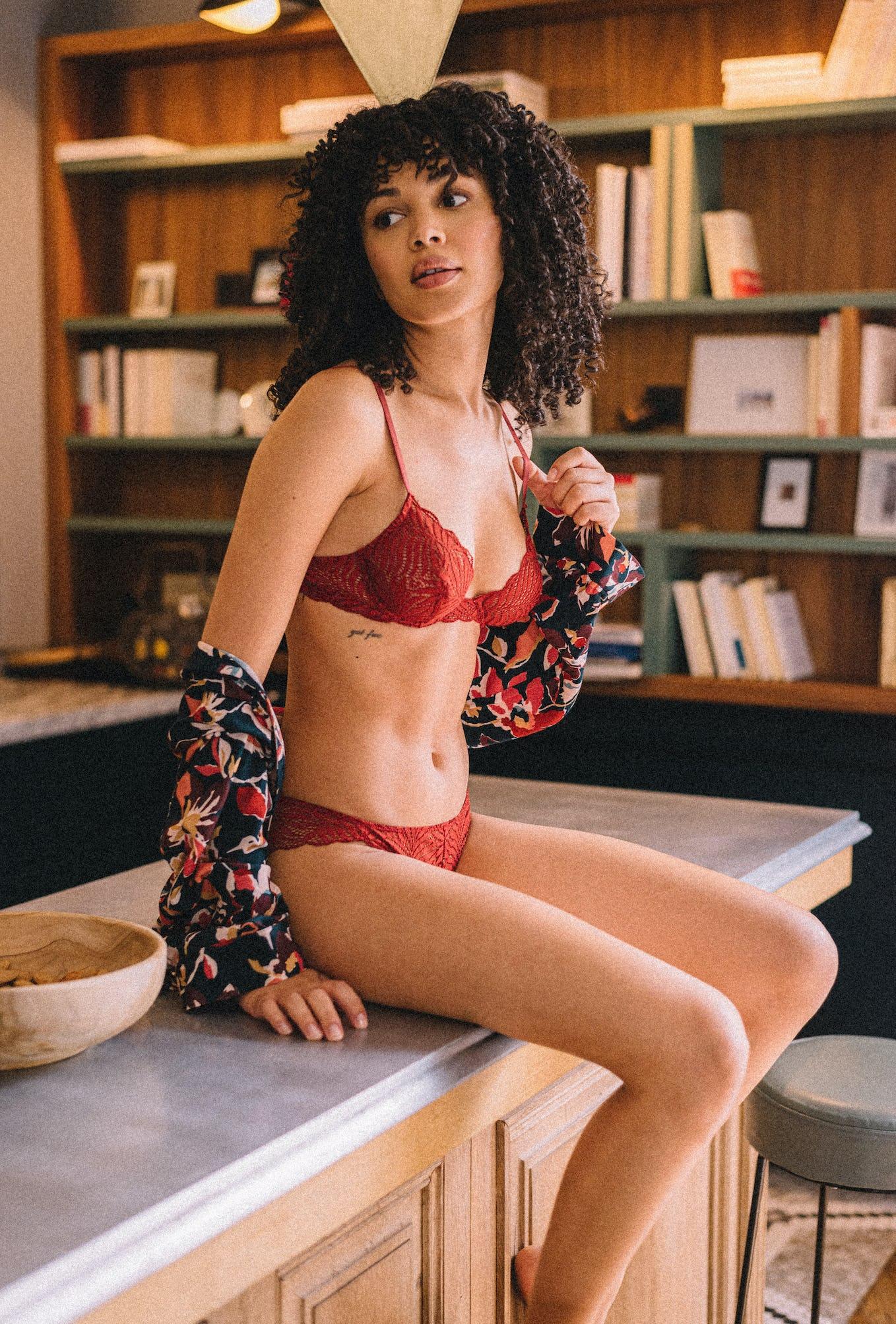 L'air du temps piment lingerie set worn with shirt Le chant des oiseaux