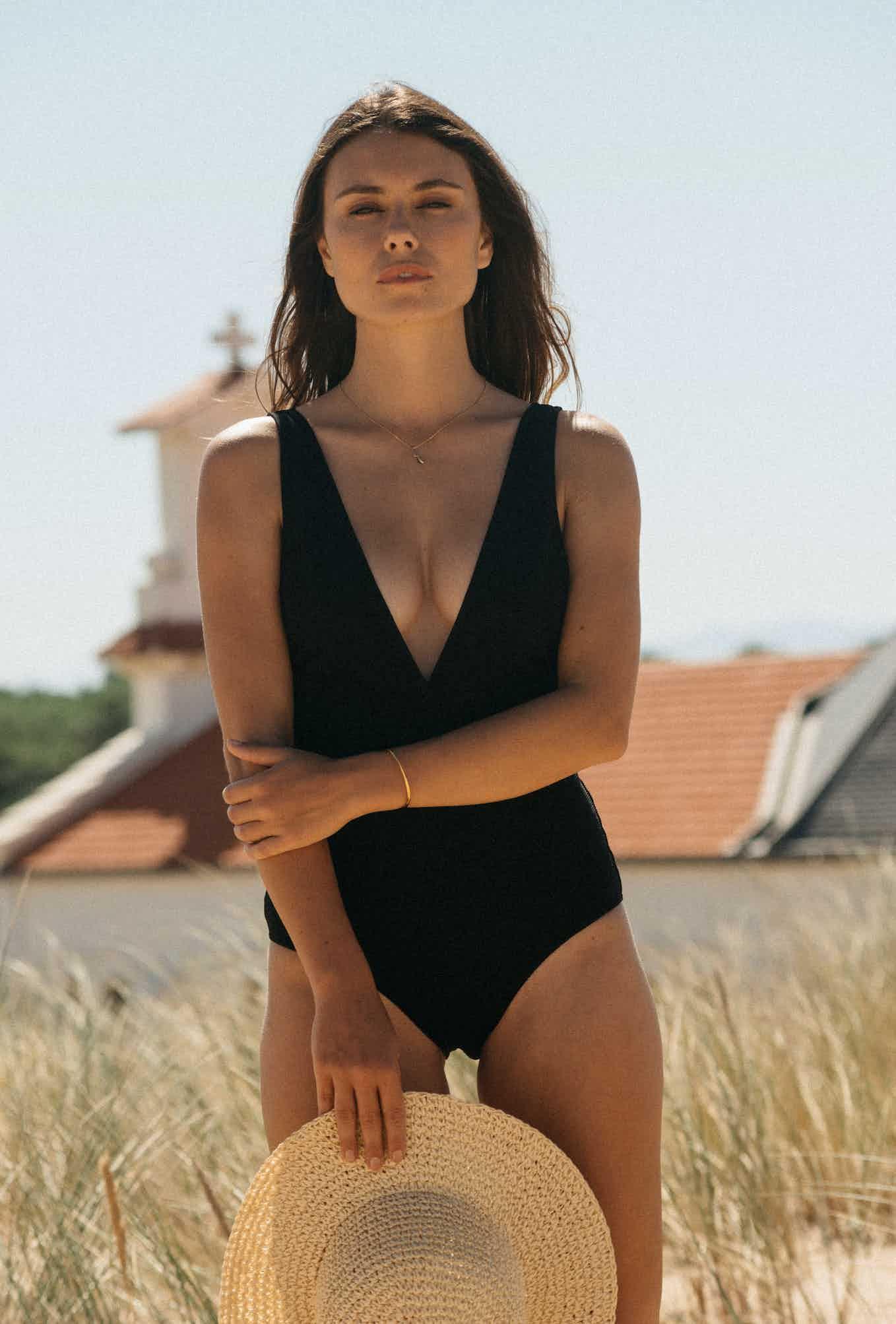 Paradis terrestre one piece swimsuit in black