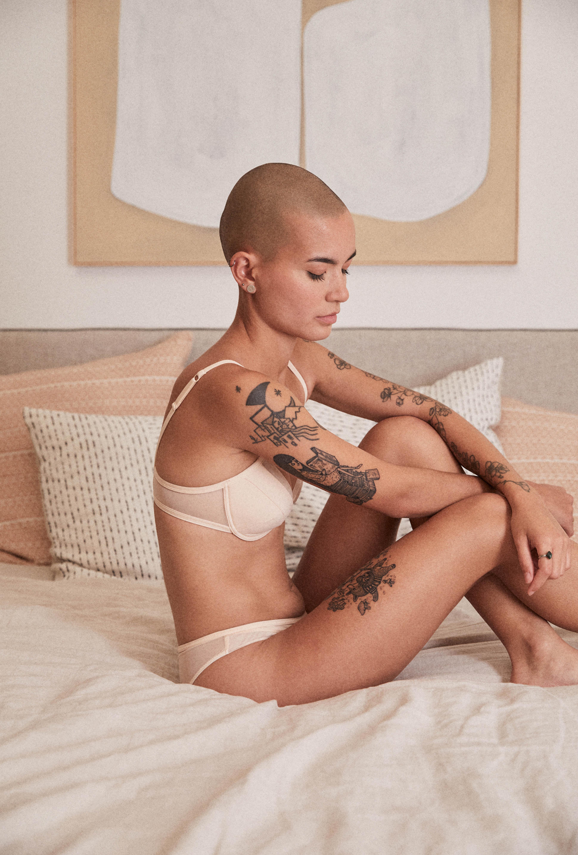 Ensemble push up nude et shorty nude histoire de femmes
