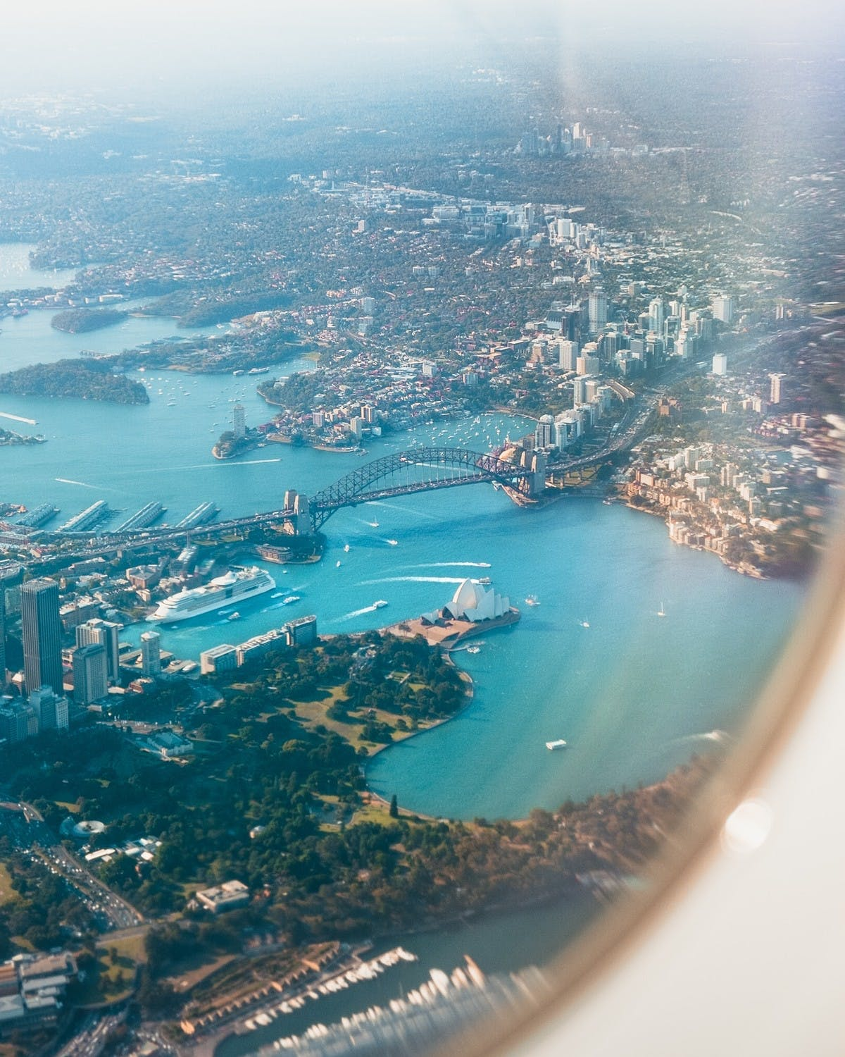 Vue d'avion de Sydney - Photo byLeio McLaren (@leiomclaren) on Unsplash