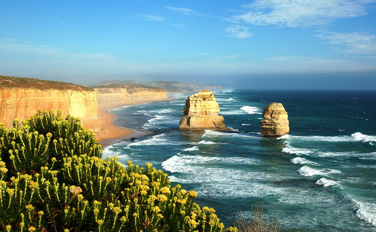 Twelves Apostles, those rocks sculpted by the sea on the Great Ocean Road.