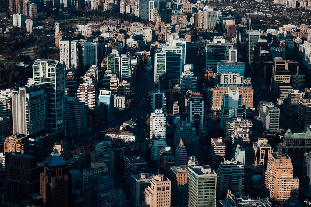 Vue sur les buildings de la ville de Santiago
