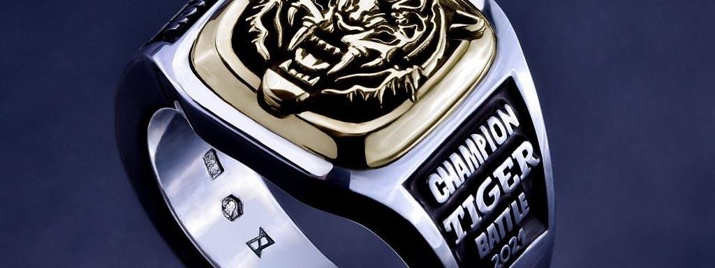 Pierścień z tygrysem.
